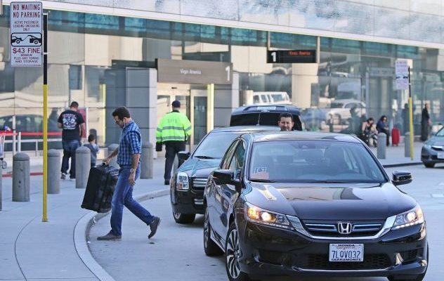 Uber Drivers' Discontent With SFO Traffic Tickets